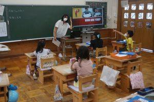 3年生教室で 授業
